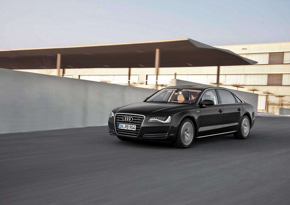 Audi A8 Hybrid — исключение из правил. Скоро в продаже! (10 фото)