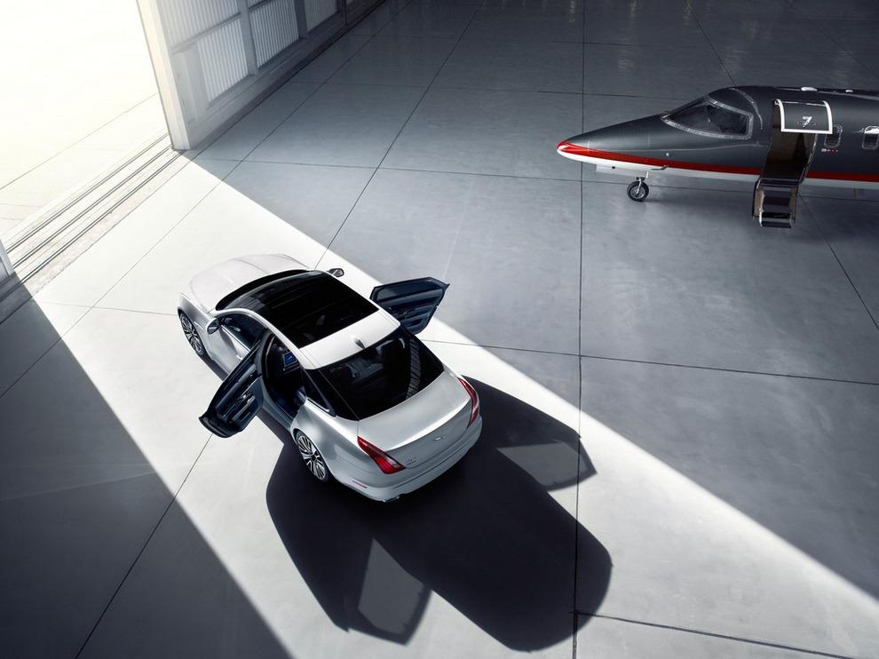 Jaguar XJ Ultimate: Комфорт пассажиров превыше всего! (15 фото)