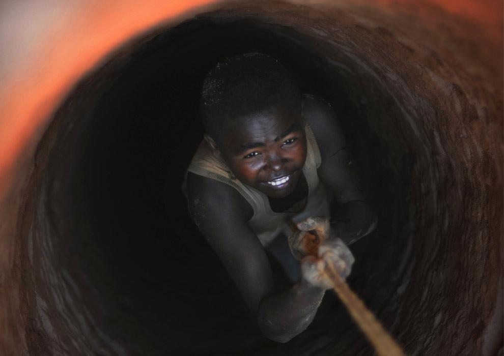 Сапфировые копи Мадагаскара (20 фото)