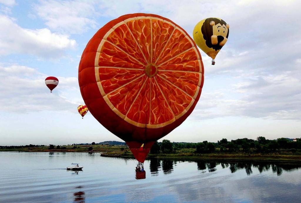 Веселые воздушные шары (15 фото)