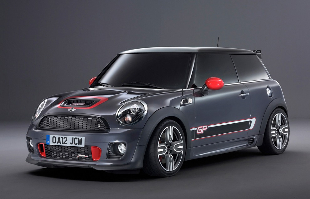 MINI John Cooper Works GP: Самый быстрый MINI (10 фото)