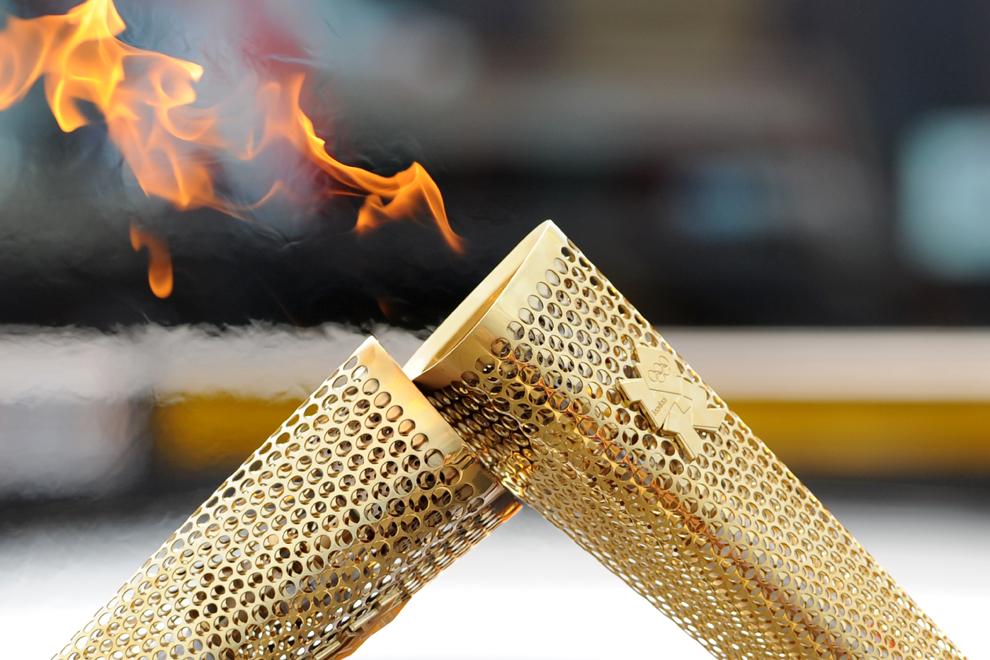 Эстафета Олимпийского огня 2012. Выпуск 1 (20 фото)