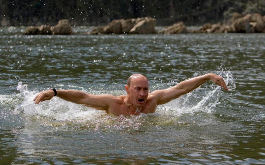 Владимир Путин, Супермен (15 фото)