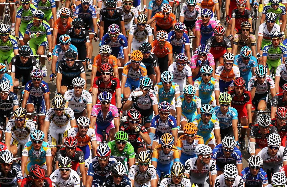 «Тур де Франс»: Самая зрелищная велогонка в мире! (15 фото)