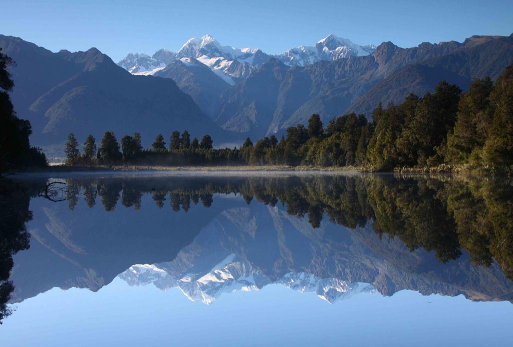 Топ-10 самых красивых озер в мире (10 фото)