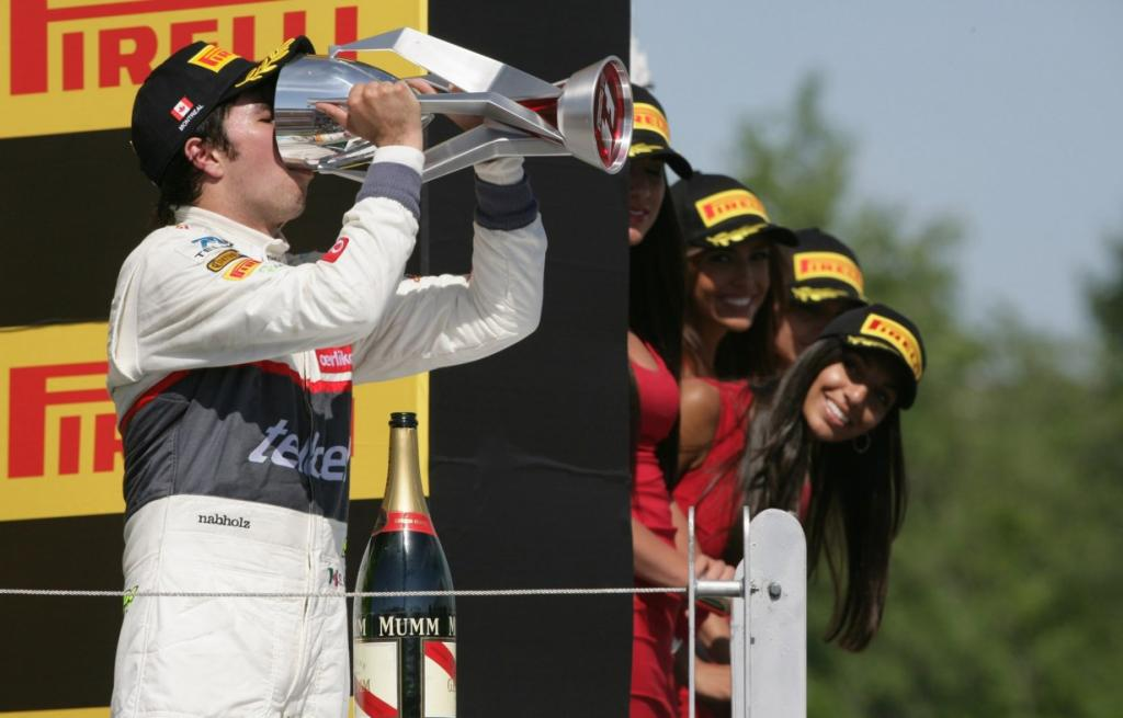 Серхио Перес из команды Sauber неожиданно для всех (и для себя) приехал третьим, Гран-при Канады. Видимо, жажда побед у него уж очень сильна. (Sauber Motorsport AG)