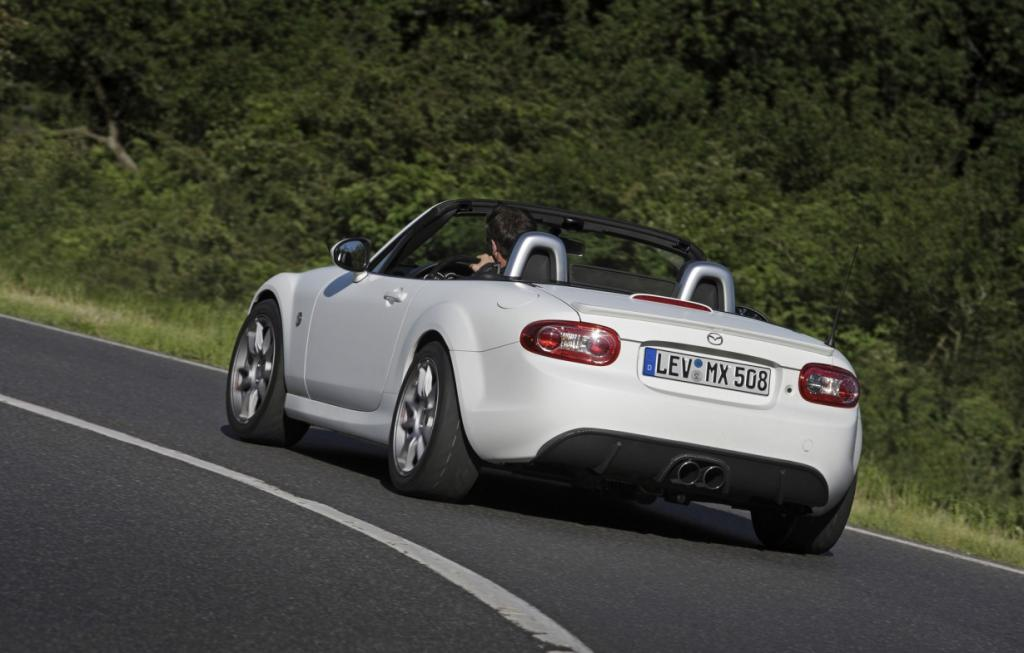 В Лейпциге презентовали родстер Mazda MX-5 Yusho Edition (15 фото)