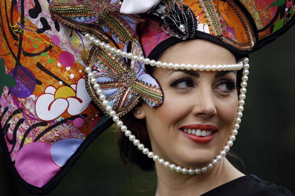 Королевские скачки в Аскоте: «День леди» 2012 (11 фото)