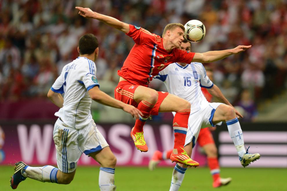Смешные и курьезные моменты Евро-2012 (15 фото)