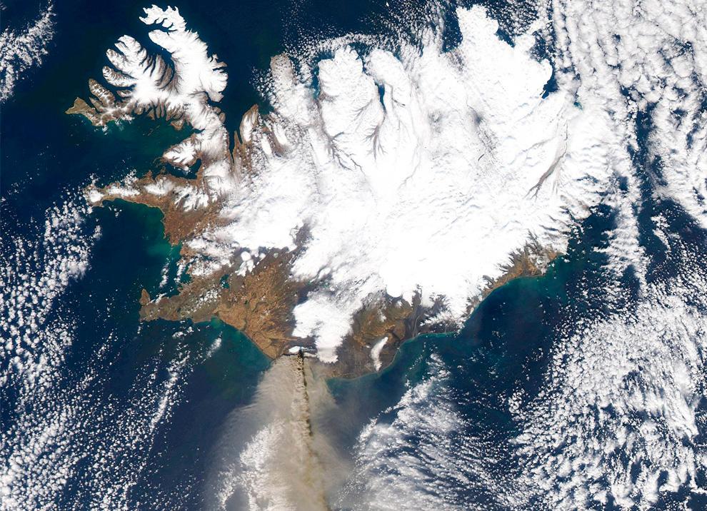 Извержение вулкана Эйяфьядлайёкюдль. Продолжение (17 фото)