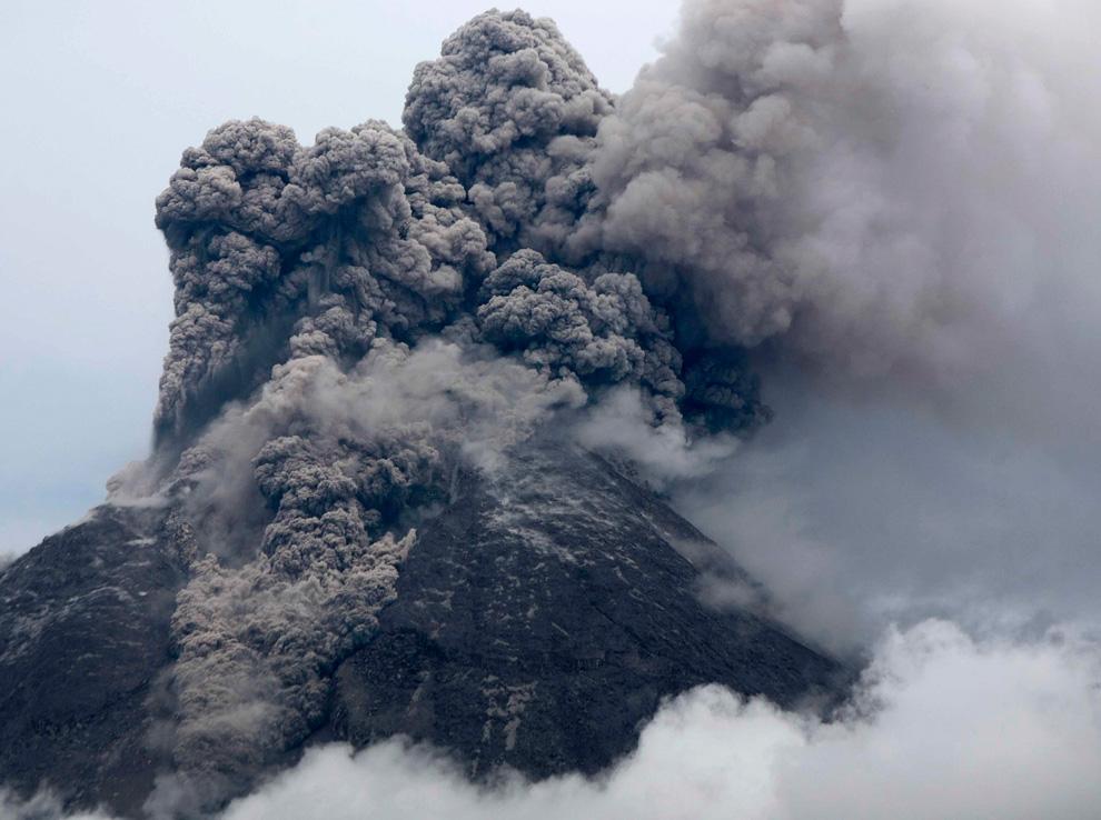 Катастрофа на острове Ява (20 фото)