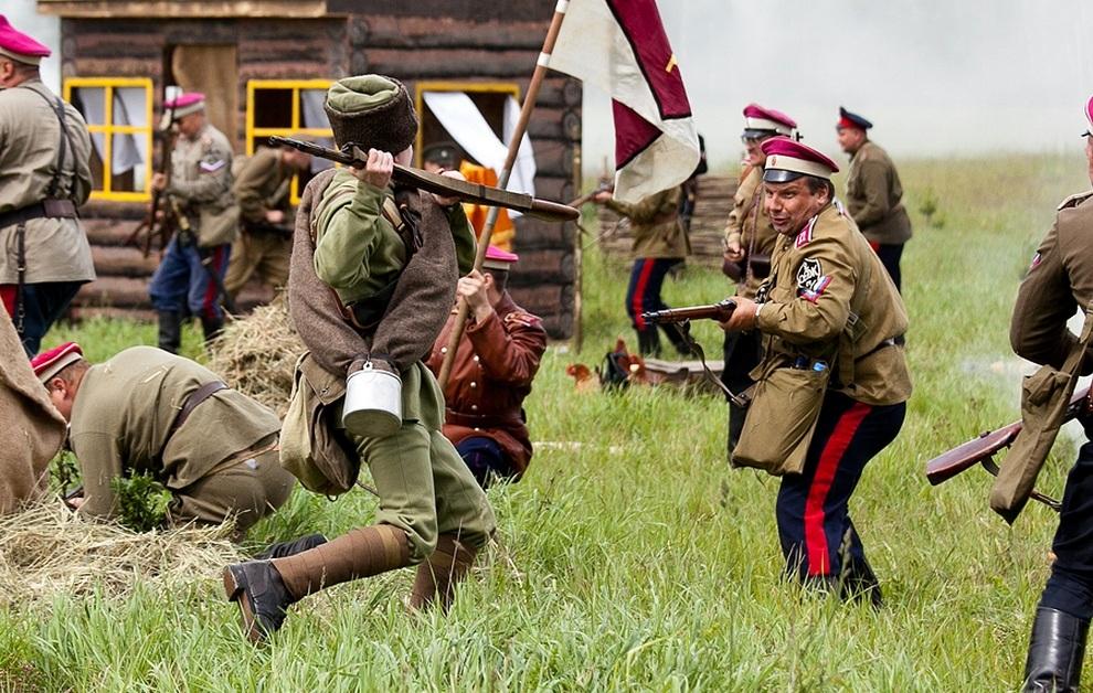 Историческая реконструкция гражданской войны в России (27 фото)