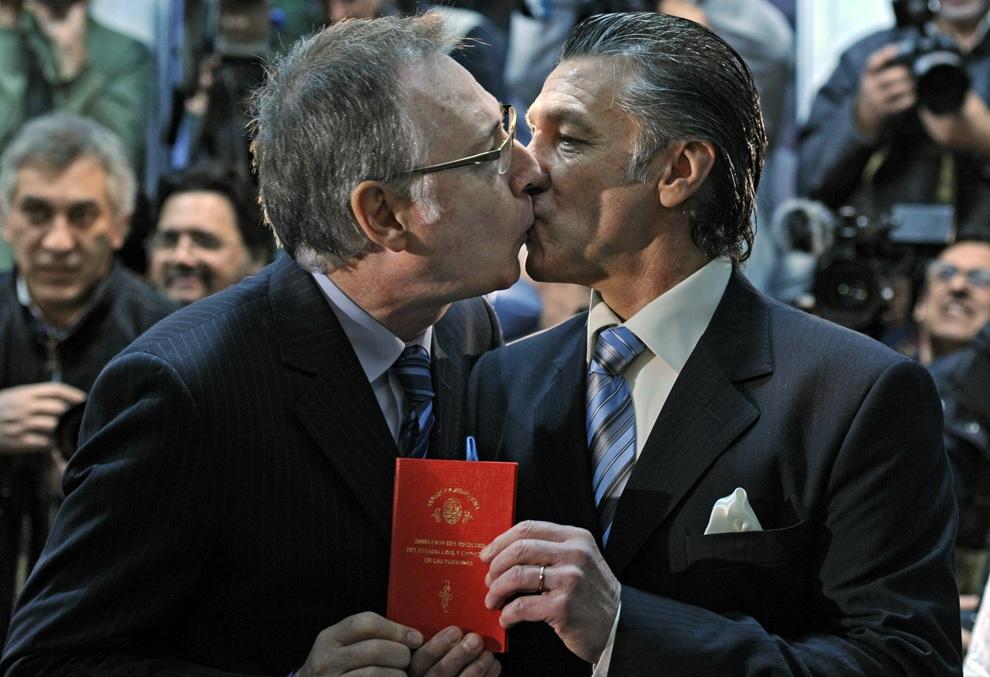Однополые браки (18 фото)