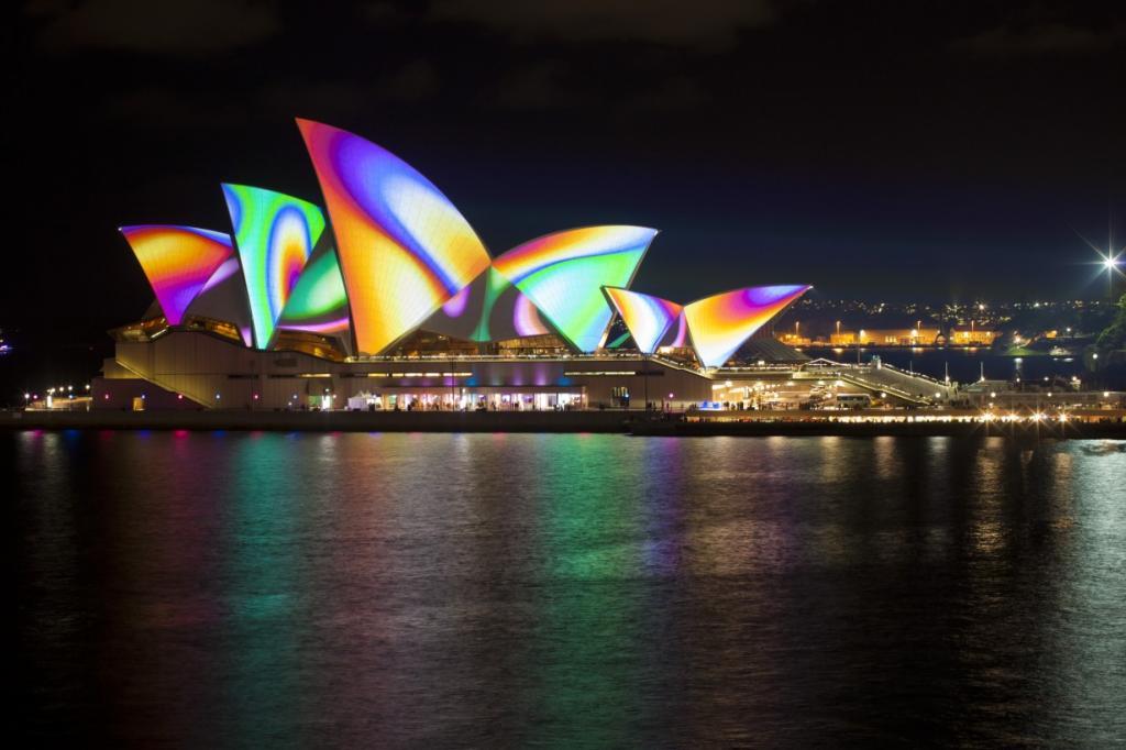 Vivid Sydney: Масштабная феерия света и звука (10 фото)