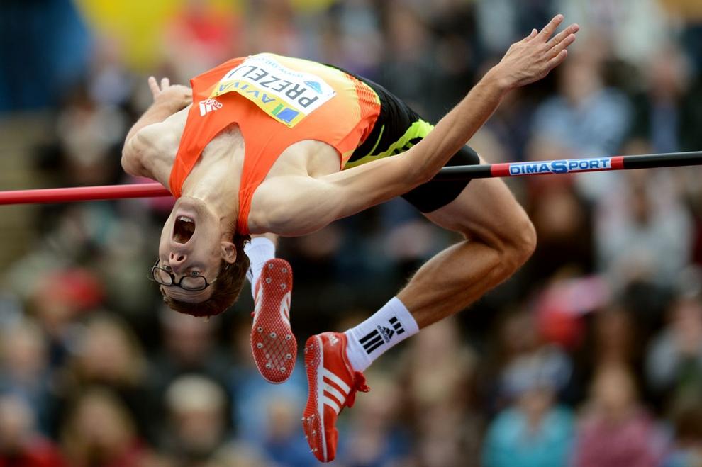 Олимпийский чемпион Сезар Аугусто Сьело Фильо из Бразилии готовится к Олимпиаде 2012 в Лондоне, Великобритания, 18 июля 2012 года. Сезар является действующим рекордсменом мира на дистанциях 50 и 100 метров вольным стилем на «длинной воде». (Ben Stansall/AFP/Getty Images)