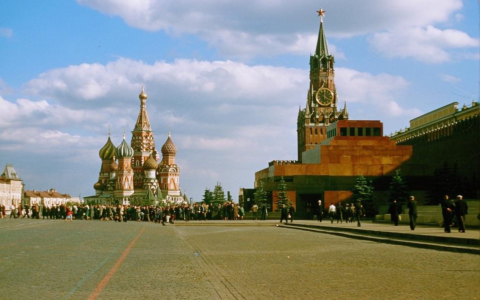 Цветные снимки Москвы 50-х годов прошлого столетия (20 фото)