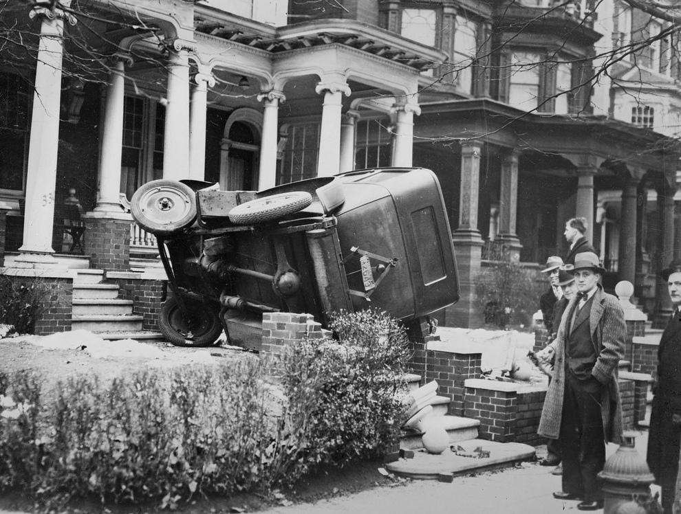 Автомобильные аварии, 80 лет назад (20 фото)