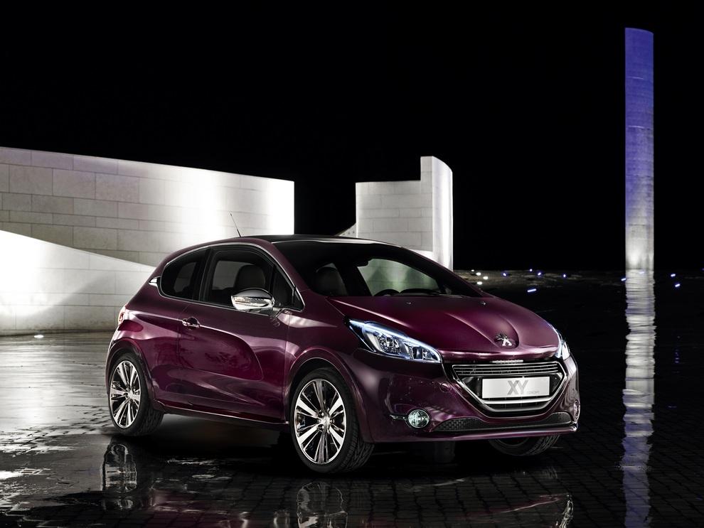 Peugeot 208 XY Concept отправляется в «серию» (15 фото)