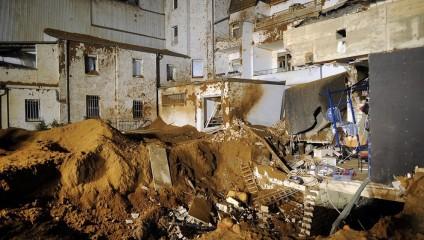 В Германии была обезврежена бомба времен Второй мировой войны (4 фото)