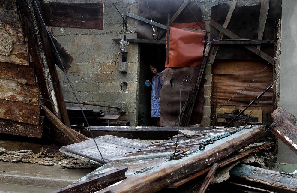 На Вест-Индию обрушился ураган «Сэнди» (25 фото)