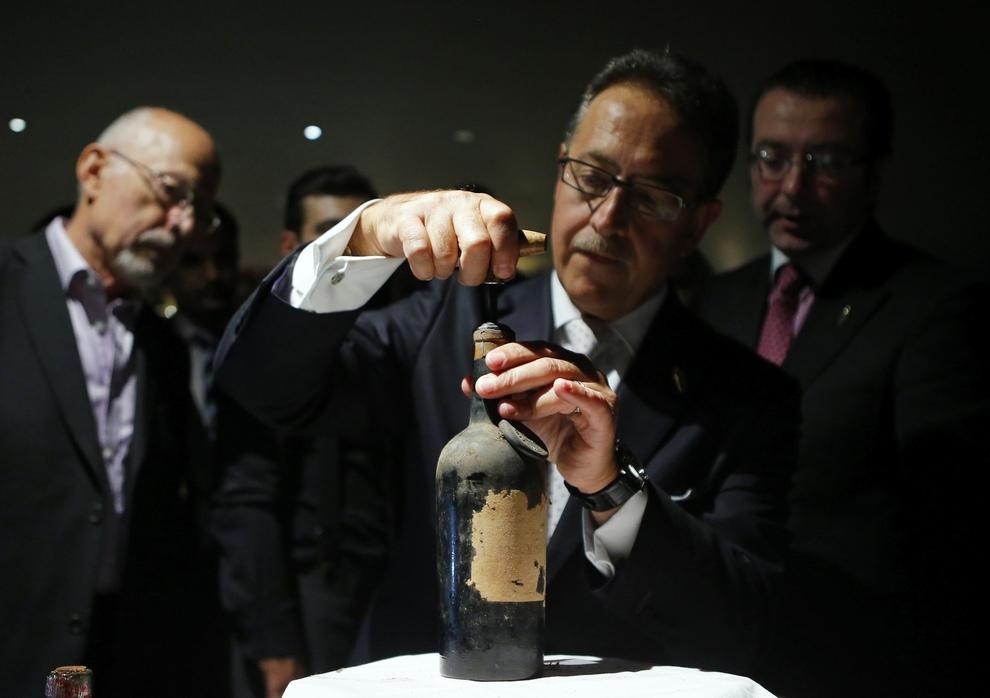 В Лондоне приготовили самый дорогой коктейль в мире (3 фото + видео)