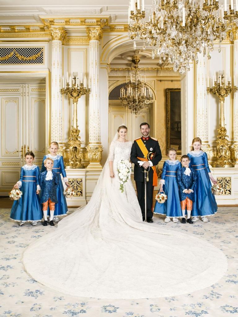 Последний холостой принц Европы женился! (25 фото)