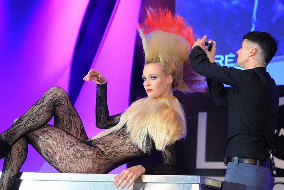 Шокирующий Чарли Ле Минду на шоу Vision 2013 (6 фото)