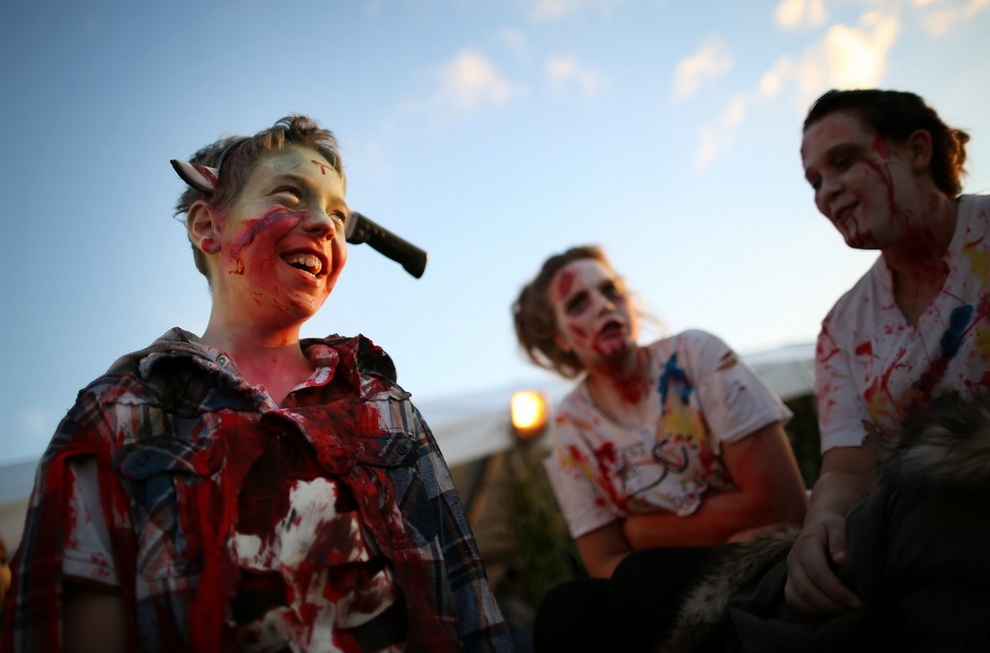 Фото зомби как они убивают