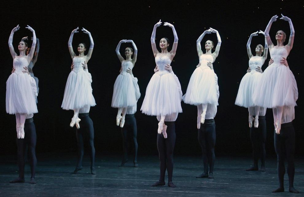 «50-я увертюра» в исполнении Австралийского балета, Мельбурн, Австралия. (Scott Barbour/Getty Images)