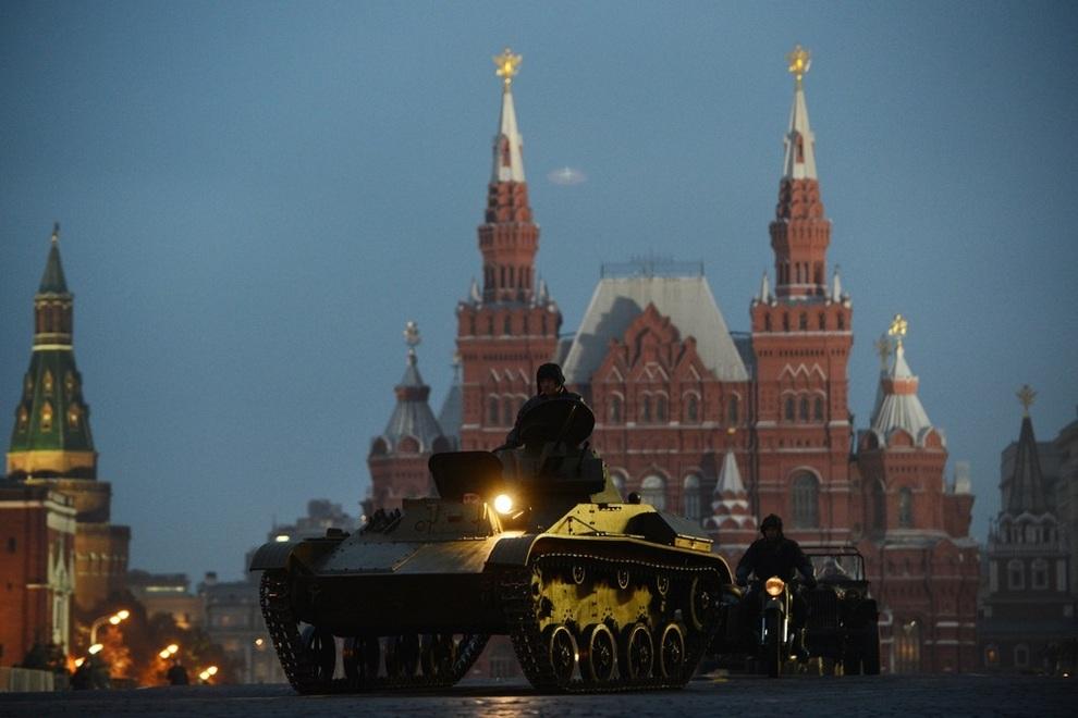 Репетиция парада на Красной площади, Москва, Россия. (NATALIA KOLESNIKOVA/AFP/Getty Images)