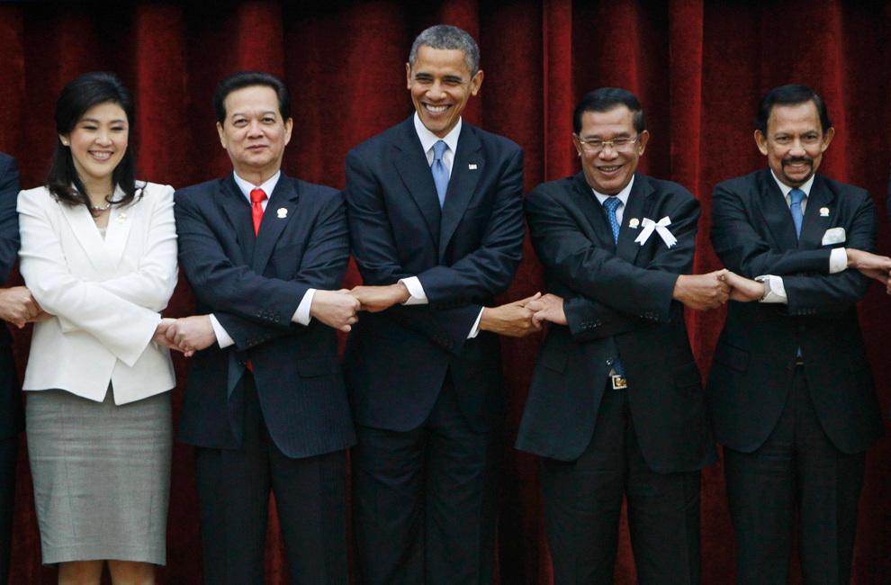 Барак Обама гостит в юго-восточной Азии (10 фото)
