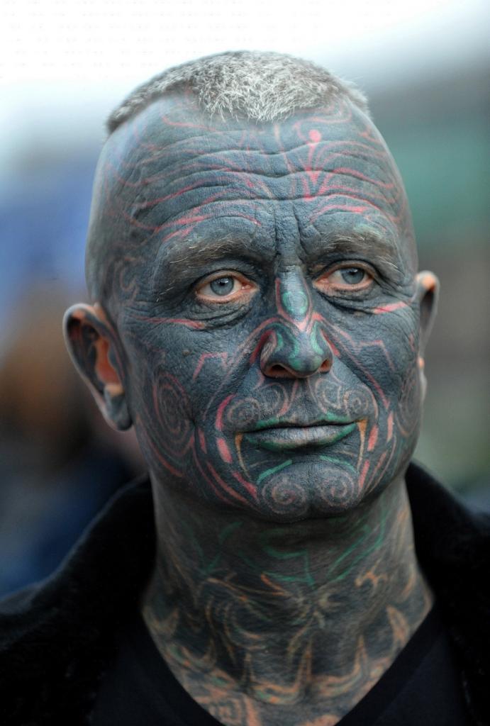 Самый татуированный кандидат в президенты (8 фото)