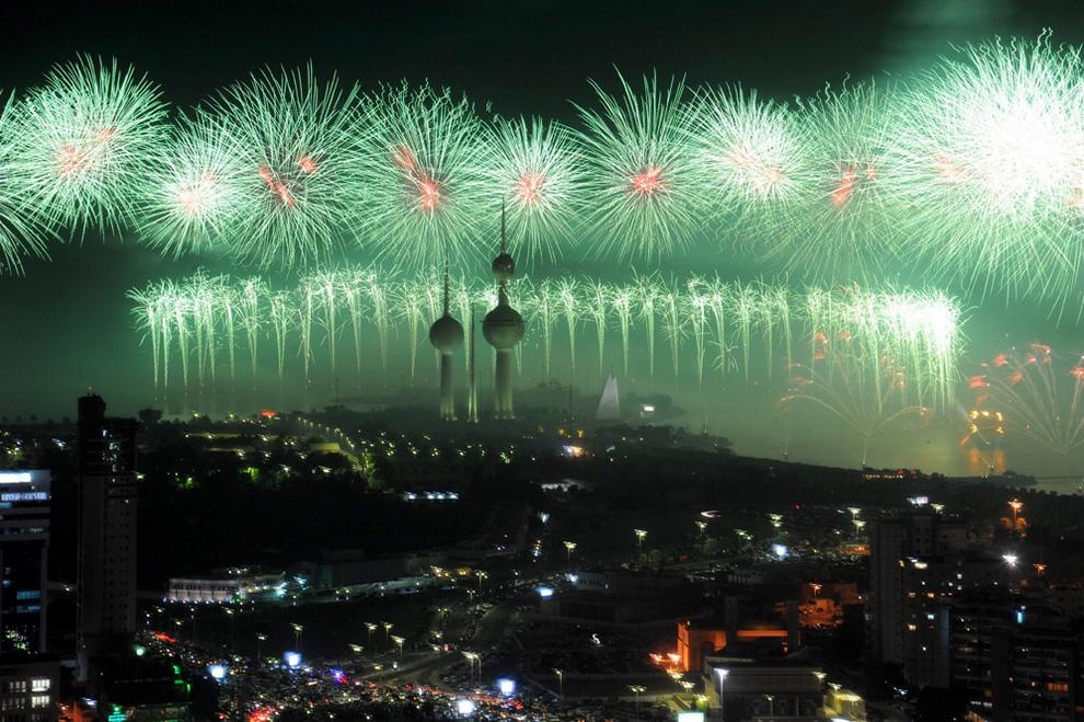 Праздничный салют в Кувейте попал в Книгу рекордов Гиннесса (8 фото + видео)