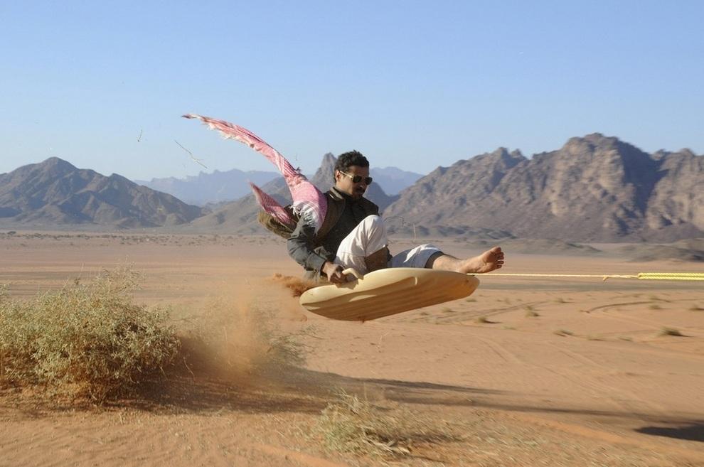Сноубординг по-арабски (4 фото)