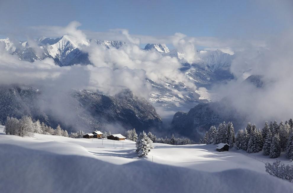 Властвование зимы продолжается (19 фото)