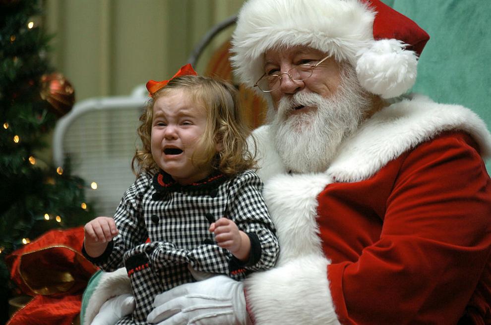 Нашествие Санта-Клаусов (25 фото)