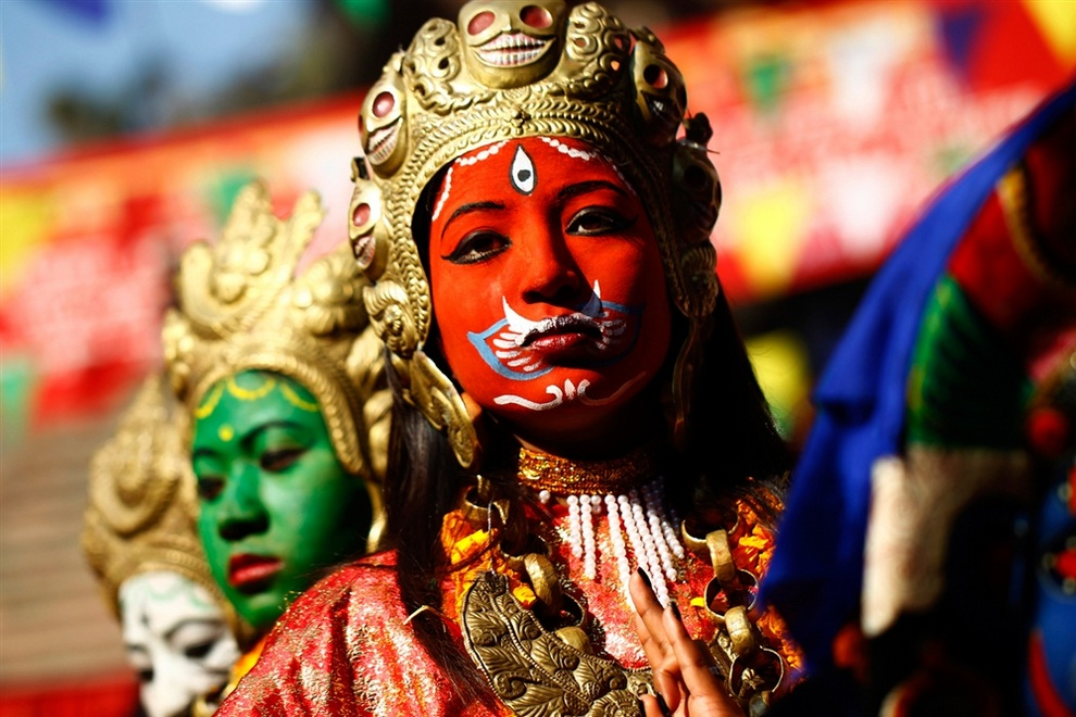 Лица неварского праздника Йомари-пунхи (4 фото)
