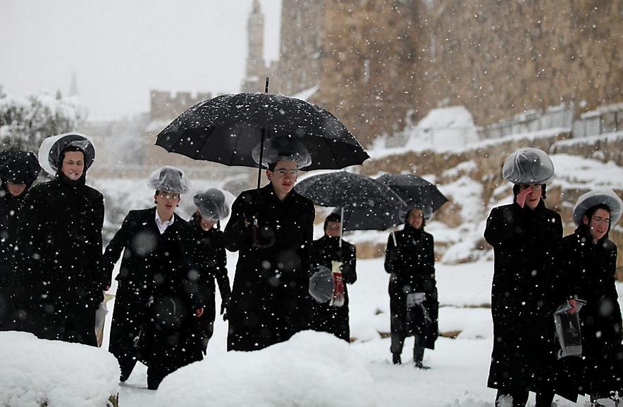 Аномальные снегопады в Израиле (11 фото)