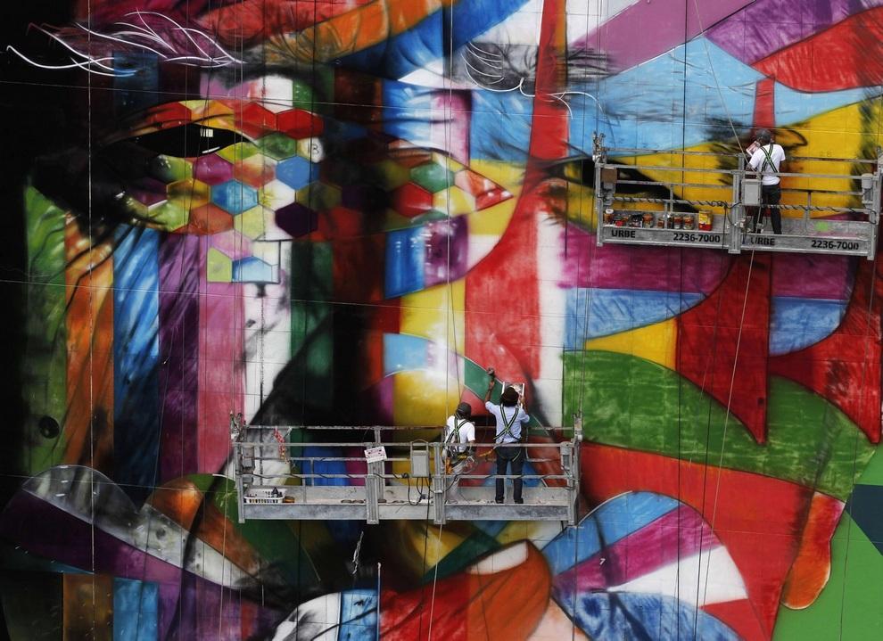 В Сан-Паулу открылась Международная биеннале граффити (10 фото)