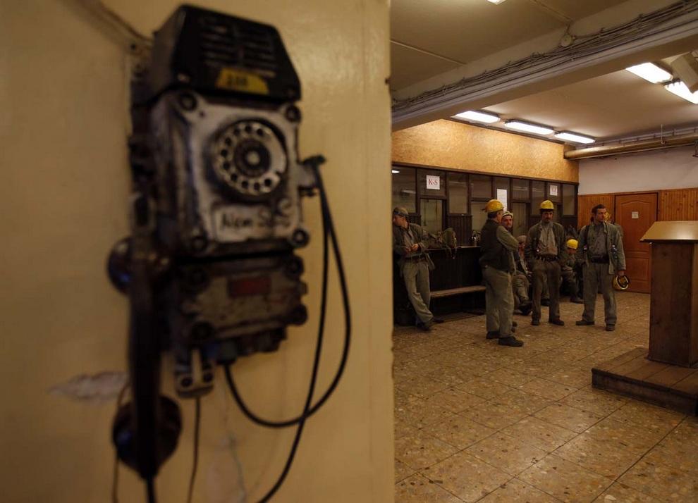 Последняя глубокая шахта Венгрии закрывается (16 фото)