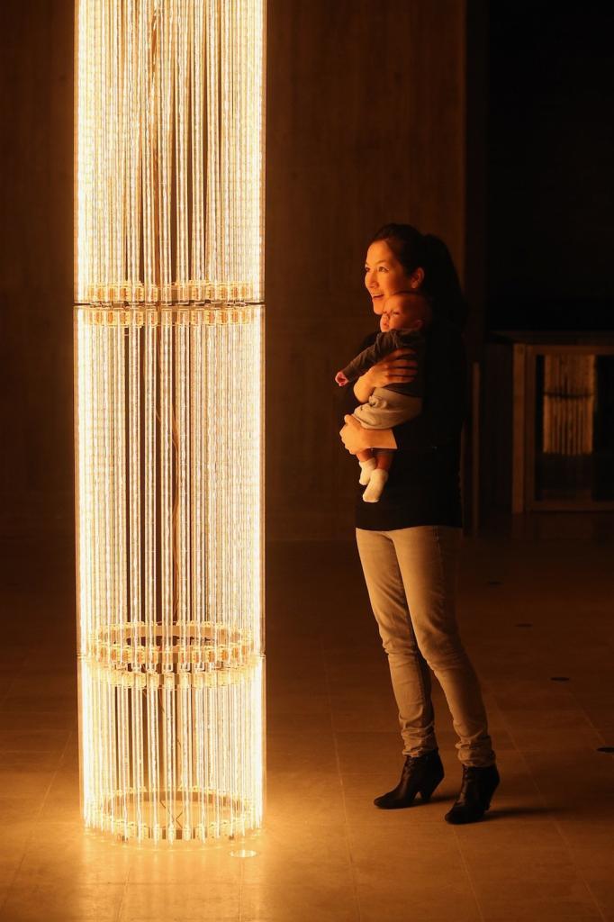 «Световое шоу» в галерее Хейворд (15 фото)