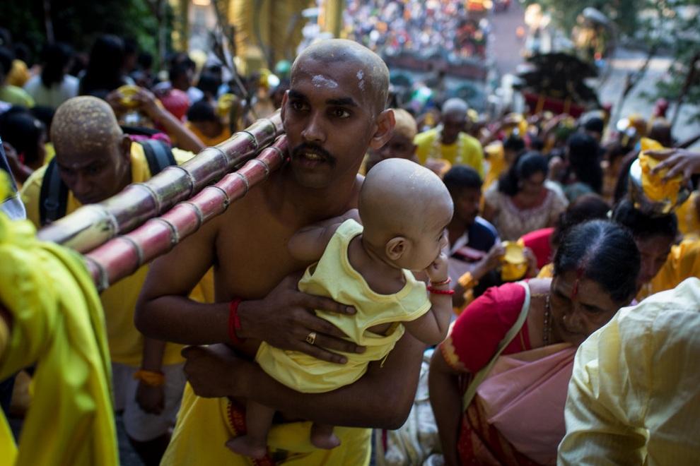 Тайпусам — важнейший праздник тамилов (15 фото)