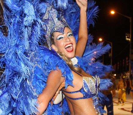 Карнавал «Льямадас» в Парагвае (7 фото)