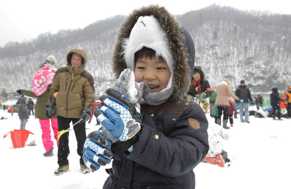 В Южной Корее стартовал популярнейший зимний фестиваль (15 фото)