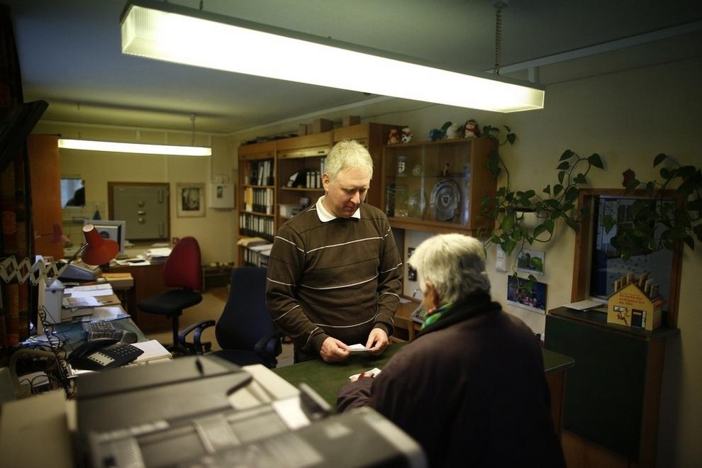 Raiffeisen Gammesfeld — один банк, один сотрудник (10 фото)