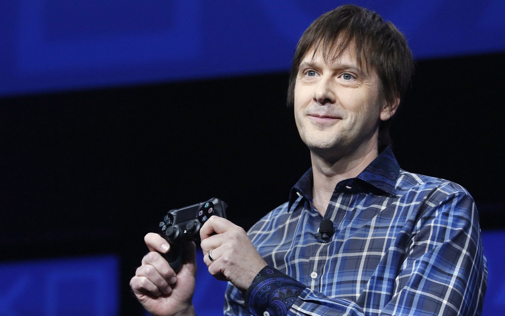 Презентация Sony PlayStation 4 (10 фото + 2 видео)
