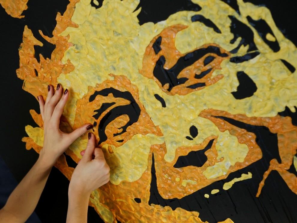 Жевательное искусство украинки Анны Матвеевой (6 фото)