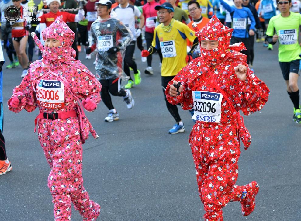 7-й Токийский марафон: Самые оригинальные костюмы (7 фото)