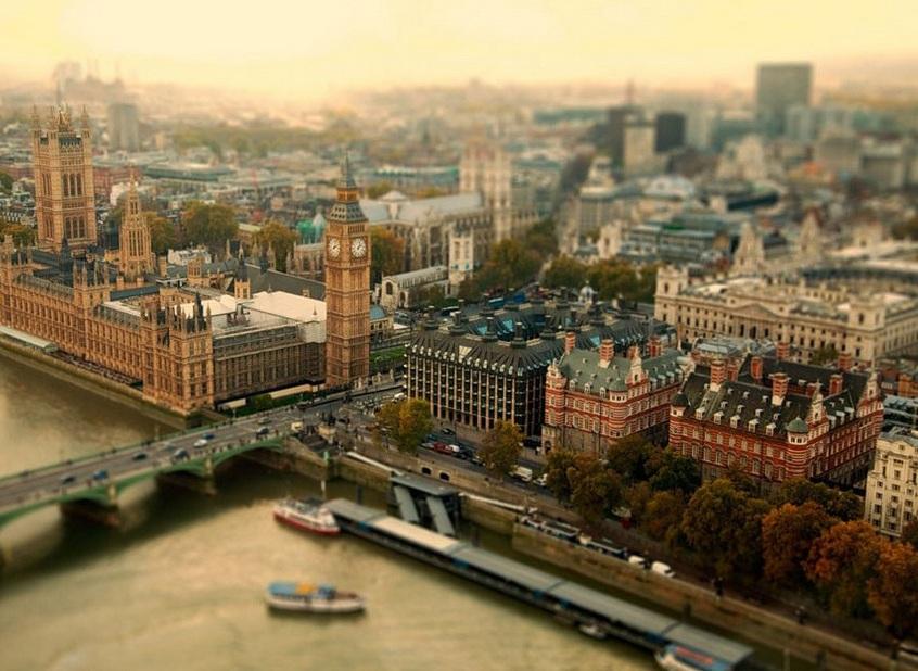 «Миниатюризация» больших городов (13 фото)