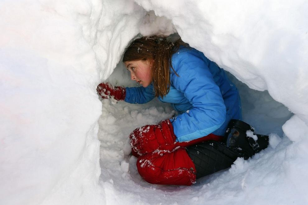 Северо-восток США «погребён» под толстым слоем снега (20 фото)